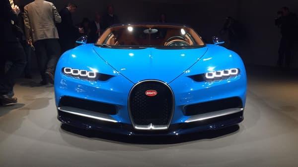 Incroyablement rapide, la Chiron va vite faire oublier la Veyron chez les amoureux de Bugatti.
