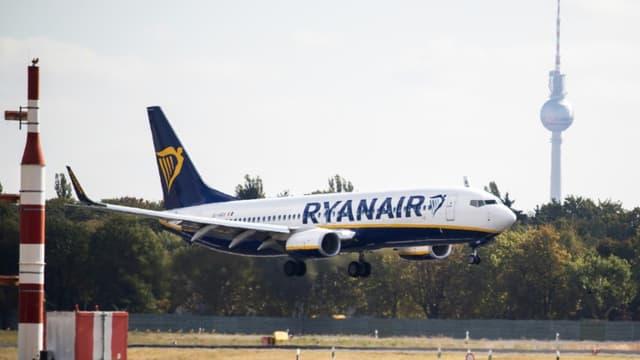 Un avion Ryanair atterrit à l'aéroport de Berlin en septembre 2018