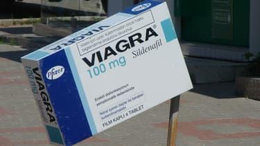 Muni d'une ordonance, les patients américains pourront bientôt commander leur Viagra depuis Internet.