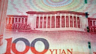 A 10H15 heure lundi 26 août de Shanghai (02H15 GMT), la monnaie chinoise cotait 7,1449 pour un dollar, en repli de 0,69% par rapport à la clôture de vendredi.
