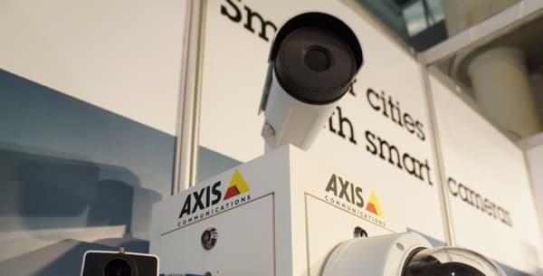 Les caméras de vidéosurveillance intelligente d'Axis Communications.