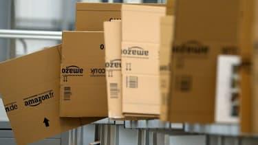 Les investisseurs s'inquiètent des développements tous azimuts d'Amazon.