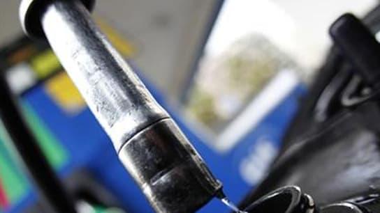 Selon les ministres de l'Energie et du Budget, la France travaille avec les Etats-Unis et la Grande-Bretagne sur l'objectif d'utiliser les stocks stratégiques de pétrole. Le but est de faire baisser les prix des carburants, dont la hausse menace l'activit