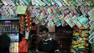 Un vendeur de journaux à Kuala Lumpur. (photo d'illustration)
