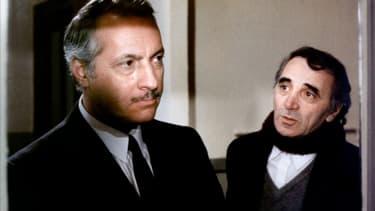 Michel Serrault et Charles Aznavour dans Les Fantômes du Chapelier
