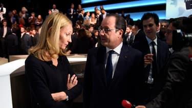 François Hollande et Karine, cette chef d'entreprise du Nord qui a évoqué avec lui le coût du travail et la complexité administrative.