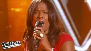 """Jessica Plésel sur le plateau de """"The Voice"""""""