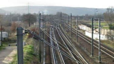 Photo d'une voie ferrée, dans les Yvelines, prise le 9 janvier 2005. (image d'illustration)