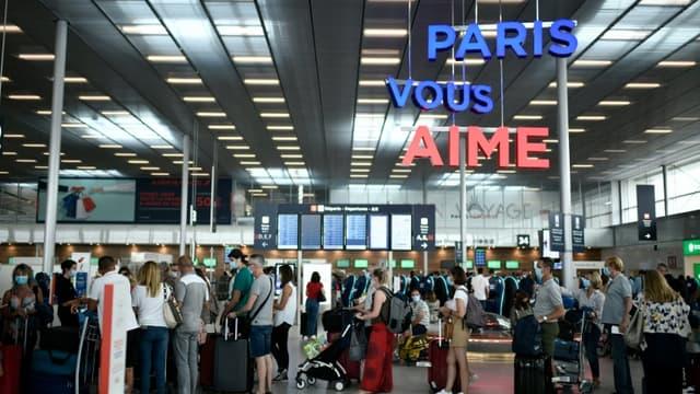 A l'aéroport de Paris-Orly, le 1er août 2020