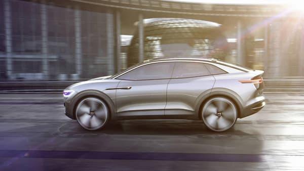 Ce SUV reprend la base technique de Volkswagen, déjà vu sur deux autres concepts depuis octobre: la plateforme dédiée MEB et deux moteurs électriques.
