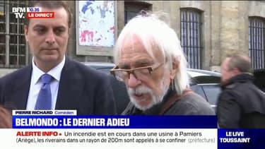 """Obsèques de Belmondo: Pierre Richard se dit """"très heureux de l'accueil des Français"""""""