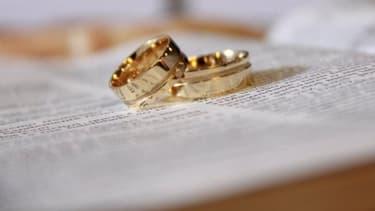 Le mariage a été annulé en raison des nombreuses infractions commises par le cortège.