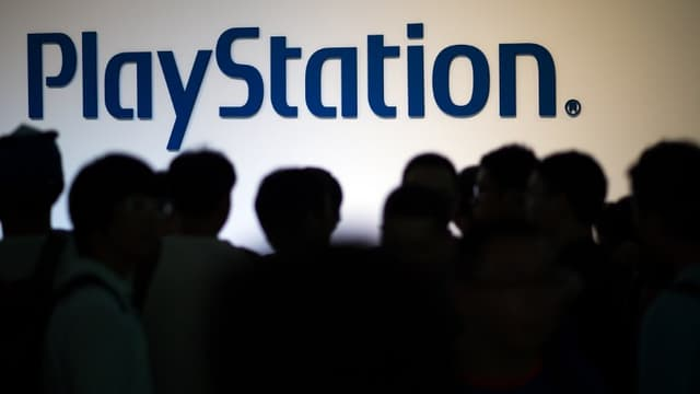 """""""Dimanche, des attaques DDOS massives ont mis à mal les serveurs de jeux vidéo du Playstation Network, de Xbox Live, et de Battle.net (World of Warcraft et Diablo)"""" explique le site Numerama"""