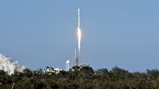 Vol réussi pour la Falcon 9.