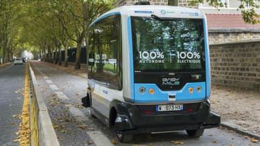 De nouvelles navettes autonomes circulent dans le Bois de Vincennes.