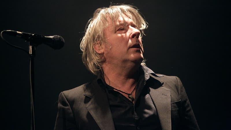 Arno contraint au repos annule ses concerts jusqu'à l'hiver inclus