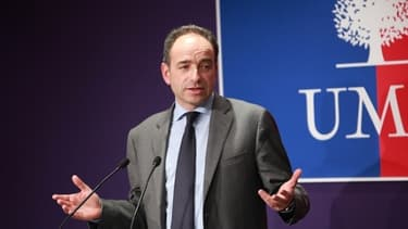 Jean-François Copé prône une forte réduction du nombre de fonctionnaires