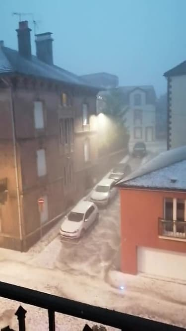 Un orage de grêle s'abat sur Remiremont (Vosges) - Témoins BFMTV