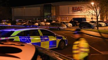 Le périmètre de sécurité autour du MFA Bowl à Nuneaton, Grande-Bretagne, le 22 octobre 2017.