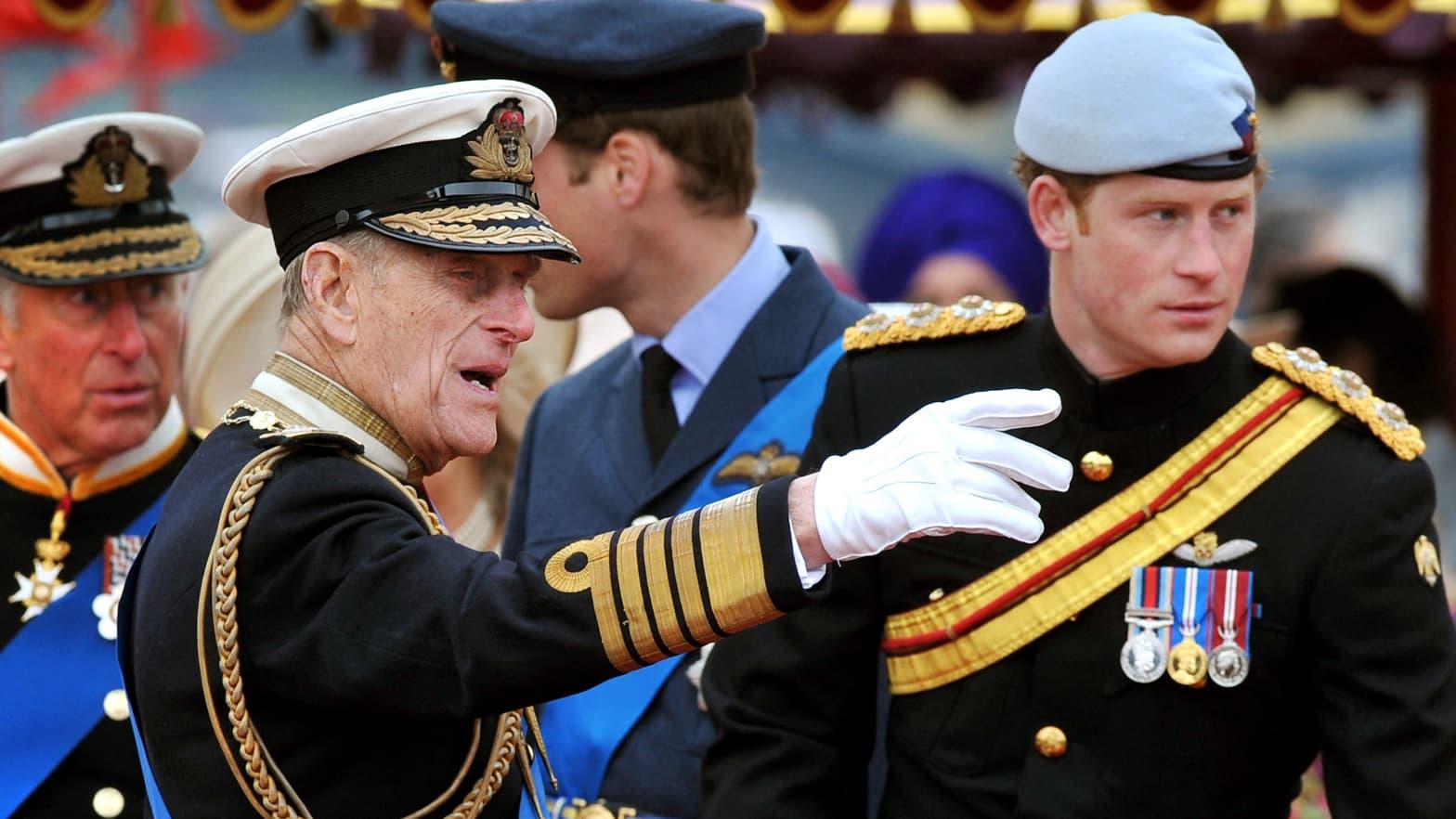 Harry salue la mémoire du prince Philip, «maître du barbecue et blagueur de légende»