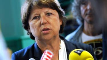 Martine Aubry estime que Thomas Thévenoud ne peut plus être député.