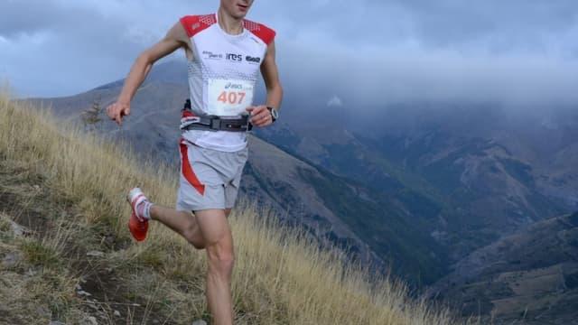 Le Britannique Andy Simonds, vainqueur du Trail Edelweiss 2012