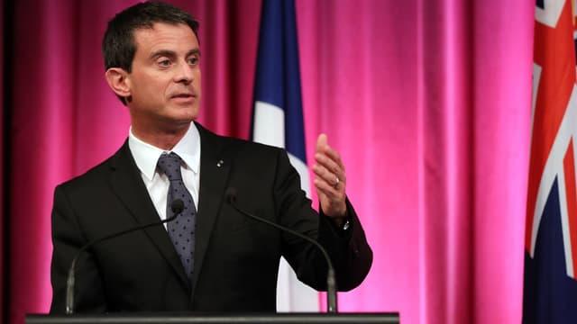 Manuel Valls assure que la France va maintenir ses engagements