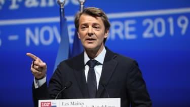 L'ancien ministre LR François Baroin lors d'une conférence de l'Association des maires de France à Paris, le 19 novembre 2019
