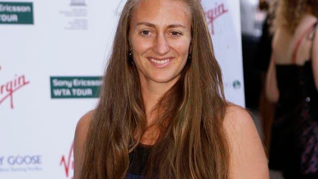 Dix ans après son sacre Porte d'Auteuil, Mary Pierce remettra samedi la coupe à la lauréate de l'édition 2010.