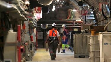 La construction n'a pas commencé, mais dans le laboratoire sous-terrain de l'Andra à Bure, les équipes vérifient la sûreté du projet.