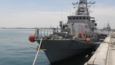 Cette vedette rapide de l'US navy de 39 nœuds permet d'intimider les pirates.