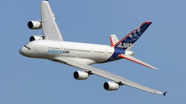 Airbus devient le premier constructeur aéronautique mondial.