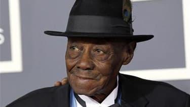 """Le pianiste de blues Joe Willie """"Pinetop"""" Perkins est mort lundi à son domicile d'Austin, au Texas, à l'âge de 97 ans. /Photo prise le 13 février 2011/REUTERS/Danny Moloshok"""