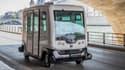 La régie parisienne de transport effectue, le samedi 24 septembre, sa première démonstration d'une navette électrique autonome sur les quais de Seine.