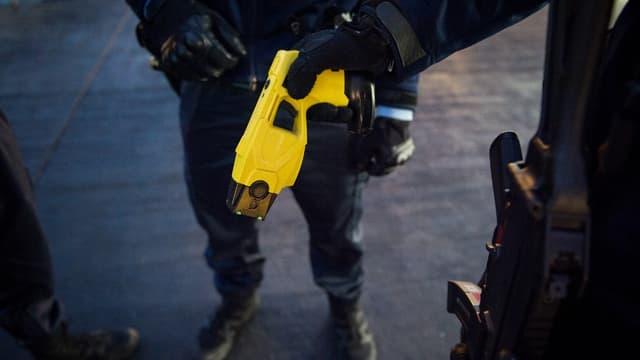 Le recours au Taser par les forces de l'ordre a augmenté l'an dernier.