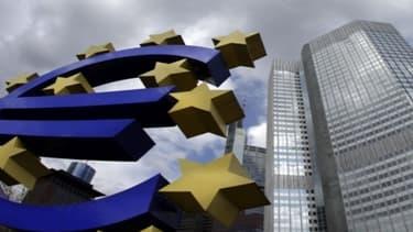 La BCE continue de penser que la courbe de la croissance peut s'inverser avant fin 2013.