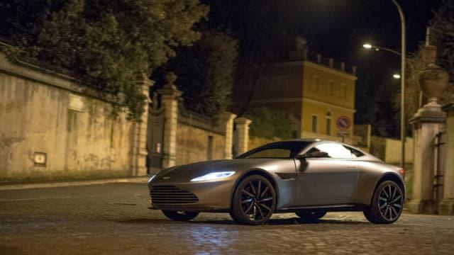Un exemplaire du coupé a été vendu aux enchères le 18 février pour 3,12 millions d'euros.