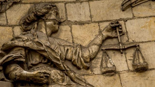 La déesse de la Justice (illustration)