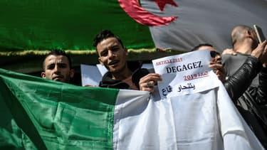 Manifestation pour la démission d'Abdelaziz Bouteflika à Paris, le 31 mars 2019
