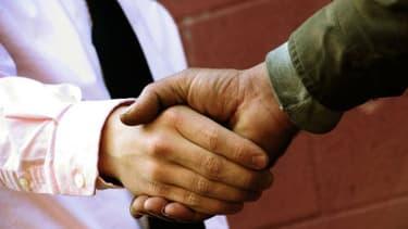 Le contrat de génération doit favoriser l'embauche des jeunes, mais aussi des seniors.