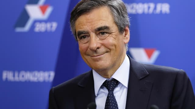 François Fillon prévoit un déficit de 4,7% en 2017.
