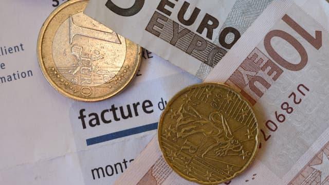 En échange de votre facture de travaux, recevez un chèque en euros.