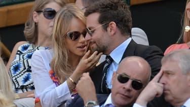 Bradley Cooper et Suki Waterhouse à Wimbledon en juillet 2014