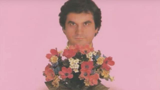 """Edouardo, connu pour sa chanson """"Je t'aime le lundi"""" est candidat à l'Académie française"""