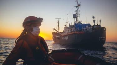 Photo du bateau nommé Alan Kurdi, de l'ONG allemande Sea-Eye, le 5 avril 2020