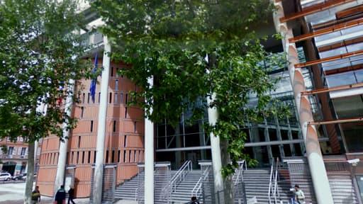 Le palais de justice de Toulouse, où était jugée la fausse psy.