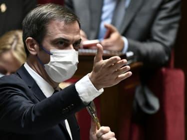 Le ministre de la Santé Olivier Véran à l'Assemblée nationale, le 10 octobre 2021 à Paris. (PHOTO D'ILLUSTRATION)