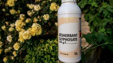 La société Shopix vendait du désherbant au glyphosate à des particuliers via des catalogues de produits de bricolage.