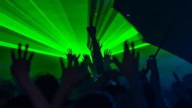 Une soirée clubbing expérimentale est organisée à Paris le 26 juin 2021 (photo d'illustration)
