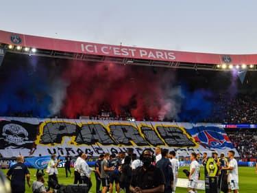 Les supporters du PSG au Parc des Princes, le 11 septembre 2021